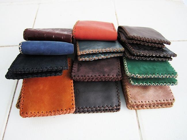 Màu sắc của ví da nam